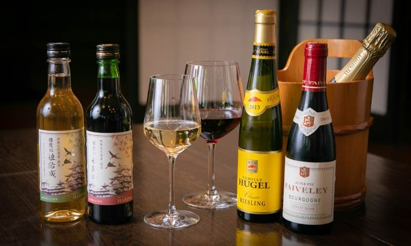 Japanese sakes and wines selected by sommeliers